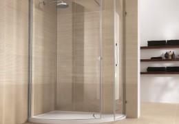 Box doccia con cristalli curvi apertura a battente